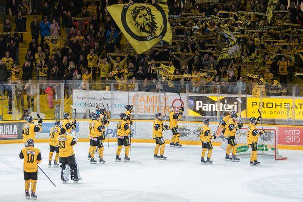 SaiPa venytti maanantaina ottelusarjan ainakin viidenteen peliin.