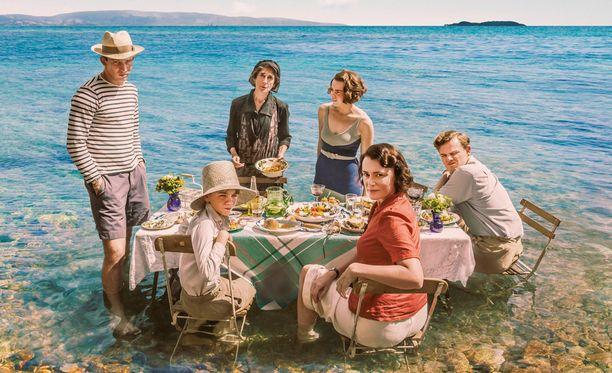 Sarjassa Durrellin perhe aloittaa uuden elämän Kreikan Corfun saarella.