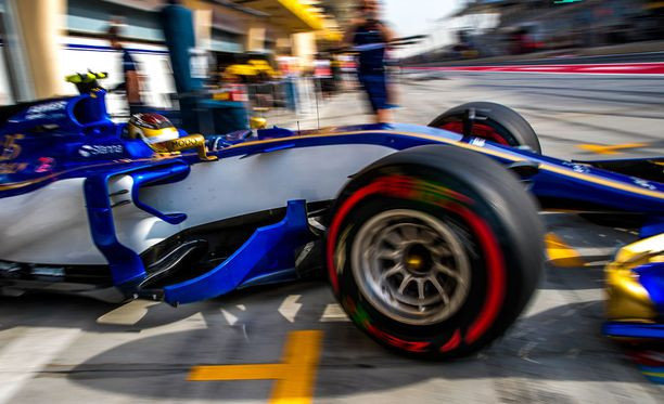 Sauber vaihtaa moottoritoimittajaa kauden jälkeen.