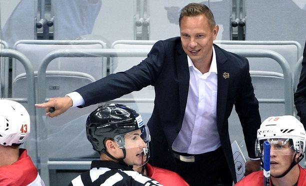 KHL-keltanokka Jussi Tapola johtaa Kiinan joukkuetta Kunlun Red Staria tällä kaudella.