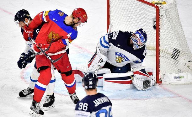 Venäjä nöyryyttää Suomea.