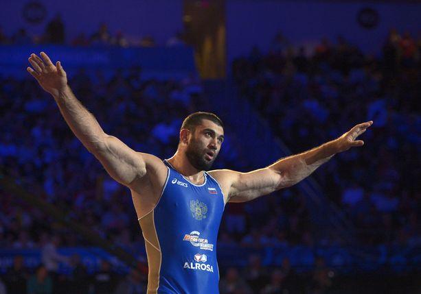 Biljal Mahov sai pitkän kilpailukiellon.