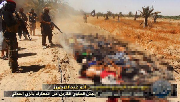 Isis on onnistunut terroritaktiikallaan kylvämään pelkoa ja heikentämään joukkojen moraalia. Isossa roolissa ovat viime viikkoina olleet äärimmäisen raa'at teloitusvideot.