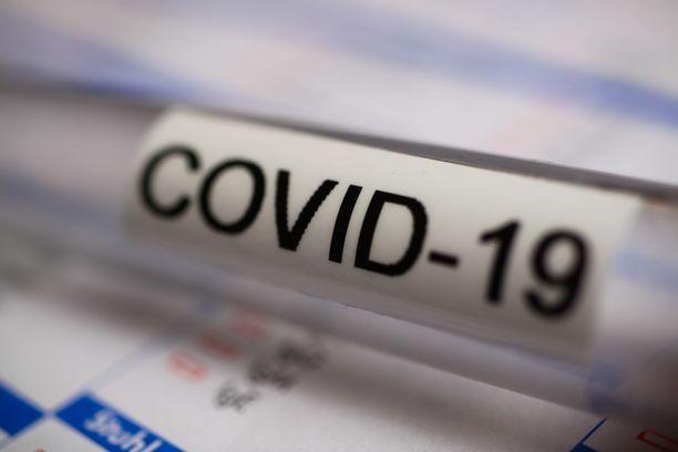 Viime viikonlopun aikana koronavirustartuntoja raportoitiin Suomessa hieman reippaammin.