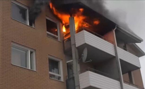 Huoneisto paloi sunnuntaiaamuna.