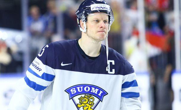 Maailmanmestari Lasse Kukkonen on pelannut kolme olympiaturnausta ja tuonut kotiin kolme olympiamitalia.