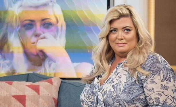 Gemma Collins avautui syömishäiriöön johtaneesta tavastaan hankkia rahaa In Therapy -ohjelmassa.
