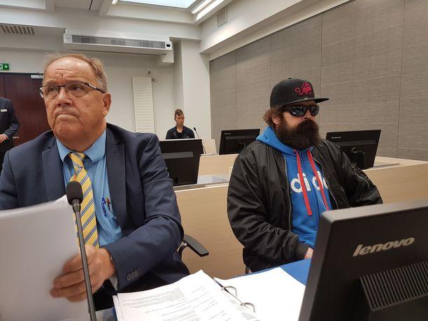 Pekka Seppäsen (oik.) oikeudenkäynti hovioikeudessa 31.8.2017