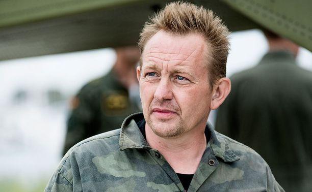 Peter Madsen on muuttanut kertomustaan siitä, mitä sukellusveneessä tapahtui.