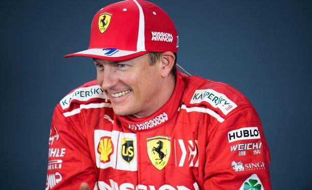 Kimi Räikkönen oli onnellinen voitettuaan Austinin GP:n. Edellisen kerran Räikkönen juhli voittoa yli 2044 päivää sitten.