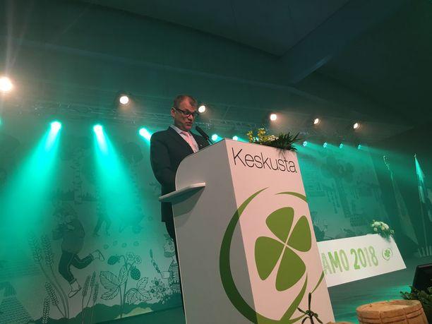 Pääministeri Juha Sipilä mainosti puoluekokouspuheessaan, että viimeisen kolmen vuoden aikana on syntynyt 90 000 uutta työpaikkaa.
