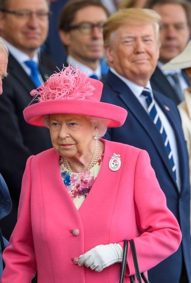 Kuningatar Elisabet edusti monta päivää putkeen presidentti Trumpin valtiovierailun aikana.