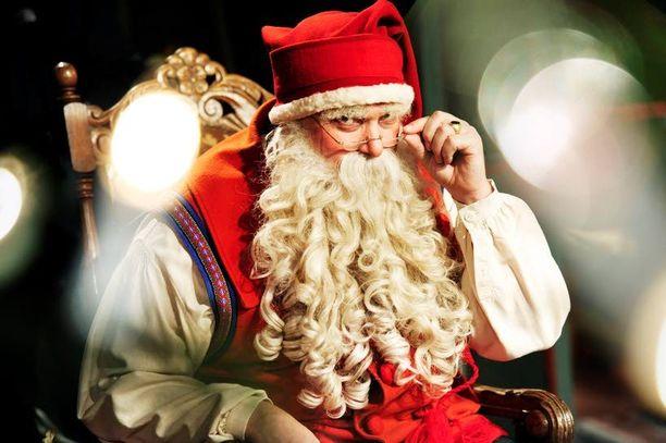 Monet ohjelman katsojat pitävät Kosti Kotirantaa ainoana oikeana joulupukkina. Tieto Kotirannan poisjättäytymisestä tuli Ylelle vain viikkoa ennen suoraa lähetystä.