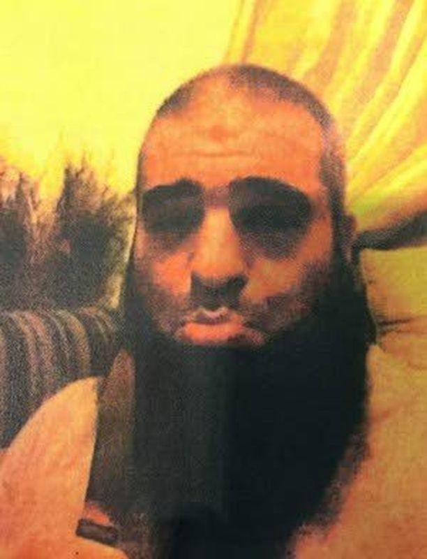 Hamdi Al Qudsi lähetti tämän selfien eräälle rekrytoimistaan miehistä.