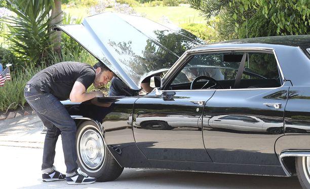 Ben Affleckin Cadillacista hyytyi akku.