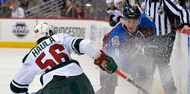 Porilainen Erik Haula lähti 17-vuotiaana sisäoppilaitokseen Minnesotaan. Nyt hän pelaa NHL:ssä ja Leijonissa.