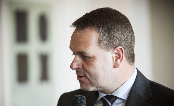 Helsingin Sanomien tuoreen mielipidemittauksen mukaan kokoomuksen Jan Vapaavuori on helsinkiläisten suosikki pormestariksi.