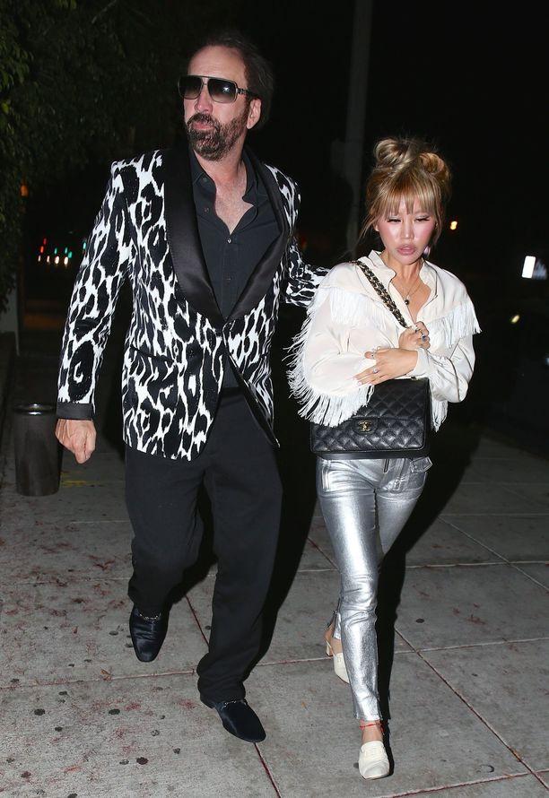 Nicolas Cage ja Erika Koike ovat seurustelleet alle vuoden.