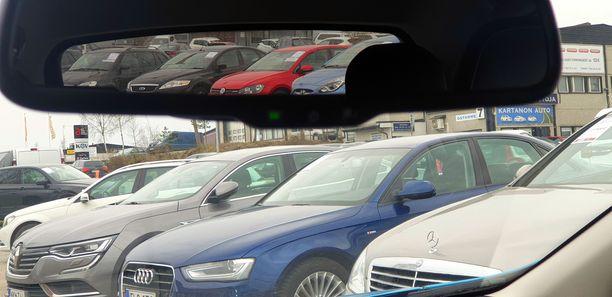 Käytetyn auton ostaja etsii ensisijaisesti luotettavaa autoa, koska epäluotettavuus autossa tulee kalliiksi.
