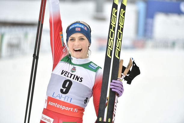 Therese Johaug voitti Lahdessa viestin sekä yhdistelmähiihdon.