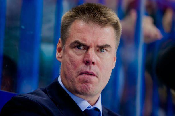 Raimo Helmisen mielestä Leijonat on aloittanut Tanskan MM-kisat parhaalla mahdollisella tavalla.