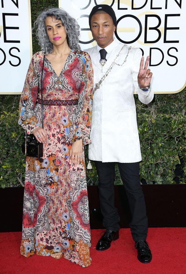 Pharrellin vaimo Helen Lasichanhin hippimäinen asu ei säväyttänyt.