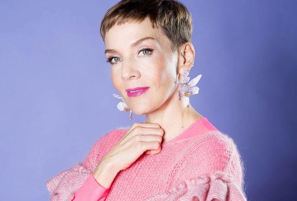 Maria Veitola on ensimmäinen Toisinajattelijat-podcastissa vieraillut nainen.