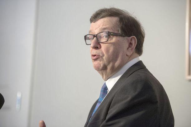 Paavo Väyrysen mukaan Helsingin kuntapolitiikkaan tarvitaan kirkas vaihtoehto keskittävälle metropolipolitiikalle.