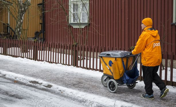 Iltalehden tietojen mukaan Posti siirtää varhaisjakelunsa liikkeen luovutuksena äskettäin perustettuun tytäryhtiöön.