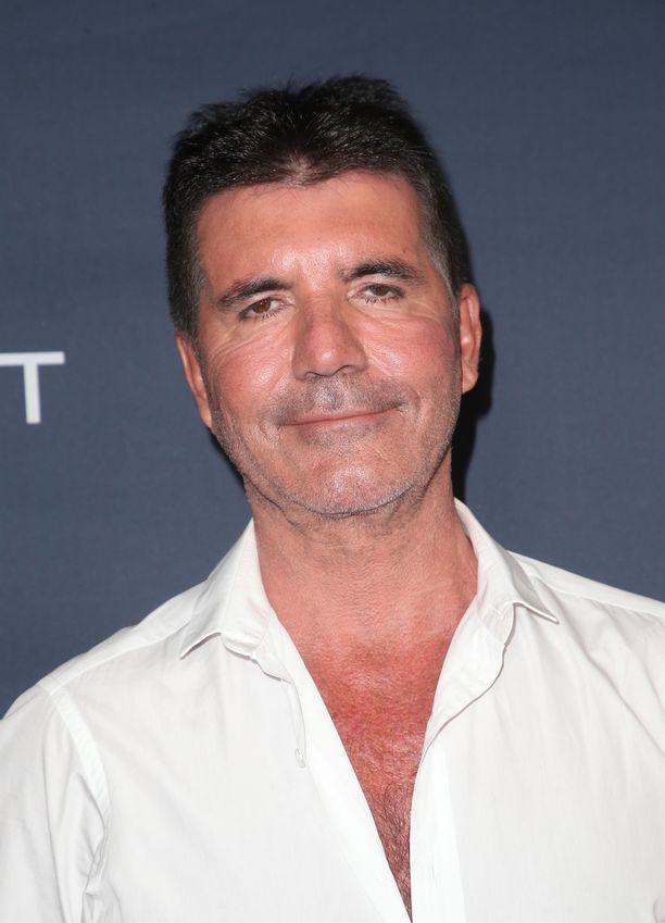 Simon Cowell on tunnettu televisiotuottaja ja televisioesiintyjä.