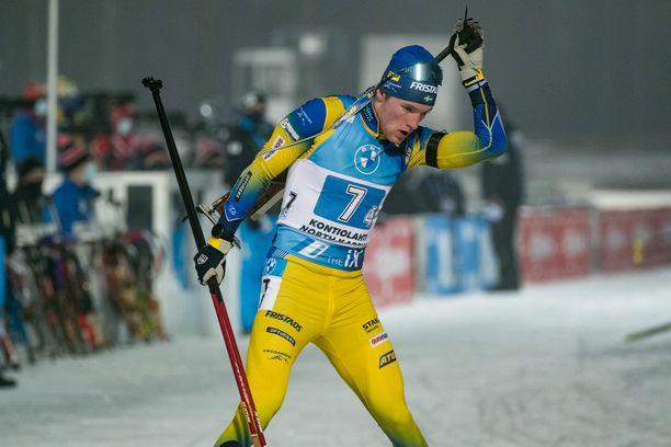 Sebastian Samuelsson voitti lauantaina Kontiolahdella maailmancupin takaa-ajon ja sunnuntaina hän ankkuroi Ruotsin viestissä kakkoseksi.