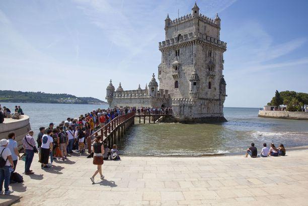 Belémin torniin on syytä tulla varhain, jos ei halua jonottaa.