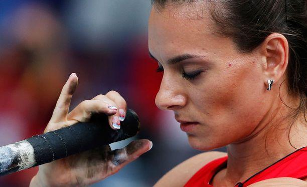 """Jelena Isinbajeva ei halua osallistua olympialaisiin """"neutraalina"""" urheilijana."""