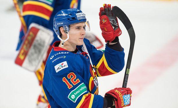 Steve Moses äänestettiin odotetusti lännen KHL-tähdistöön.