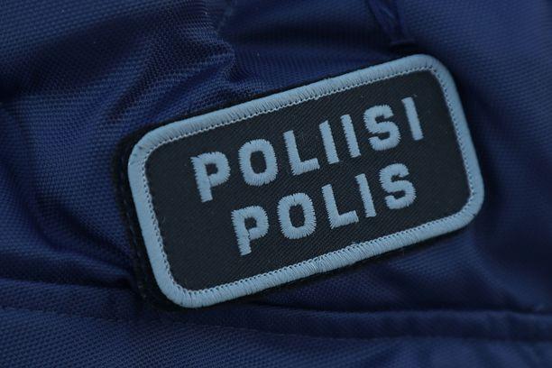 Poliisi otti lauantaina epäiltyjä väkivalta- ja huumerikollisia. Kuvituskuva.