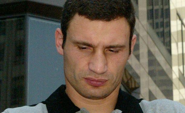 Vitali Klitshko on kyllästynyt David Hayen suunsoittoon.