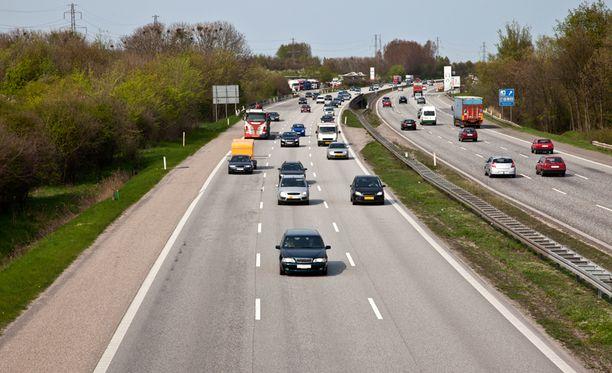 Liikennevirasto tilaa uudenlaista matka-aikatietopalvelua Soneralta.