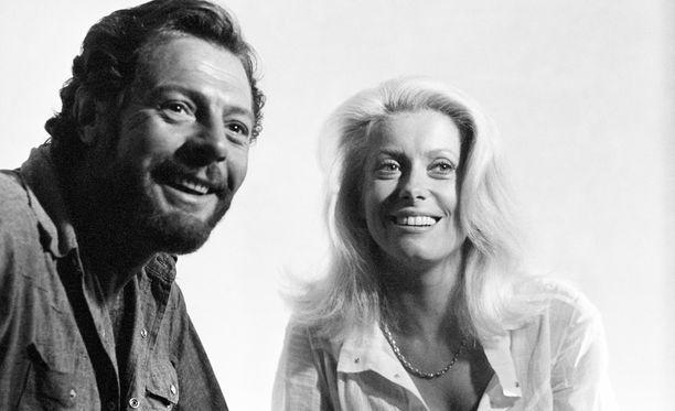 Marcellon ja Catherine Deneuven suhde alkoi vuonna 1971. Tämä kuva on peräisin tismalleen samalta vuodelta.