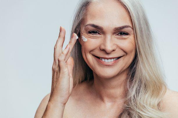 Panosta erityisesti ihonhoitoon, jonka tuloksia voit meikillä korostaa.
