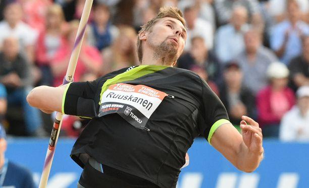 Antti Ruuskasen heittämä haaste sytytti keihäskisan.