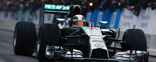 Bob Bellin työpanos auttoi Lewis Hamiltonin maailmanmestariksi ja Mercedeksen valmistajien maailmanmestariksi.