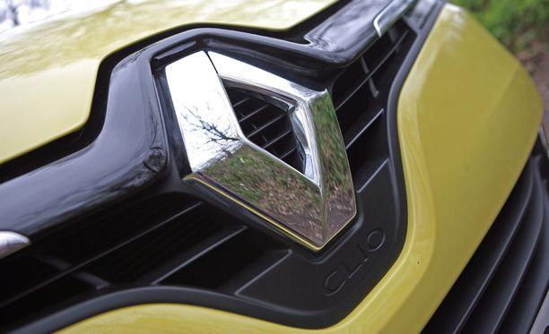 Renault Clion uskotaan olevan ensimmäisiä autoja, jonka kohdalla vilunkipeliin on turvauduttu.