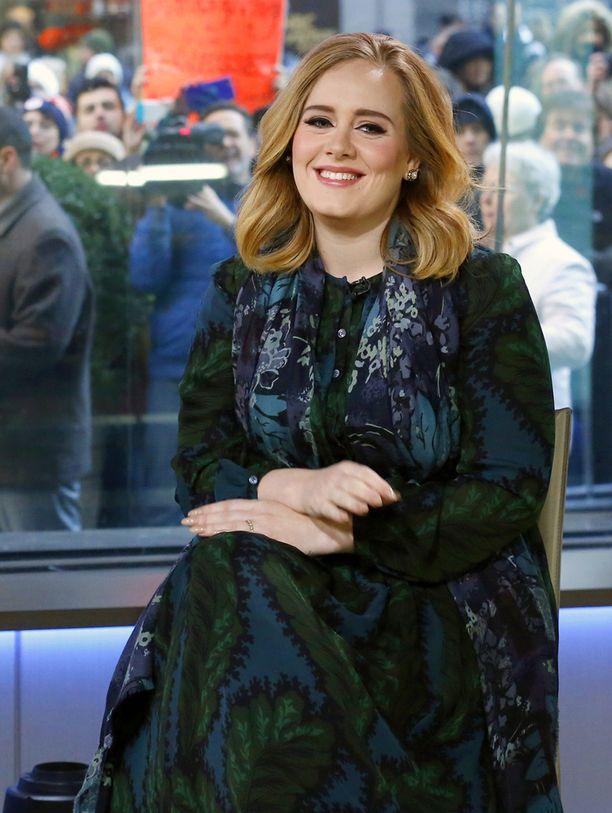 Adelen vasta julkaistua levyä saatiin odottaa kolme vuotta.