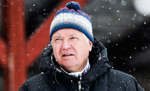 Olli Nepponen on liiton puheenjohtaja.