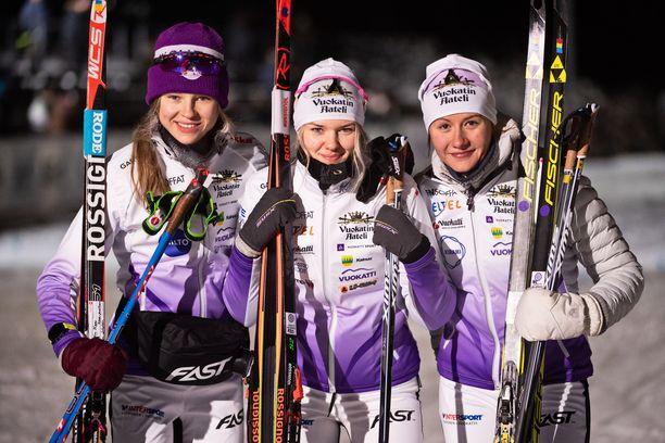 Eveliina Piippo (vas.), Vilma Nissinen ja Katri Lylynperä voittivat keskiviikkona Vantaalla Suomen cupin viestin.