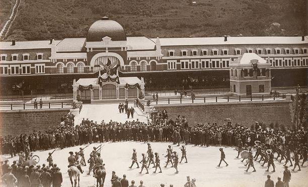 Canfrancin aseman avajaisiin vuonna 1928 osallistui Espanjan kuningas Alfonso XIII ja Ranskan presidentti Gaston Doumergue.
