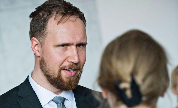 Touko Aalto valtiopäivien avajaisissa huhtikuussa.