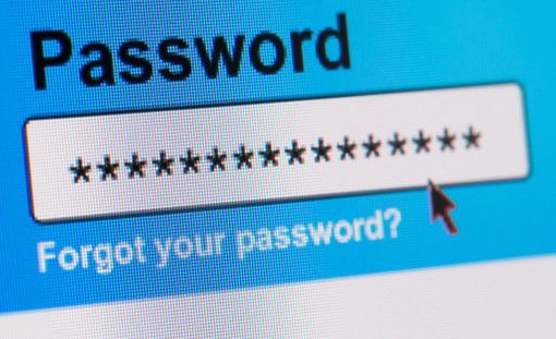 Huono salasana sisältää esimerkiksi henkilökohtaisia tietoja