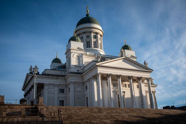 Tänä pääsiäisenä kirkon ovet pysyvät seurakuntalaisilta kiinni.