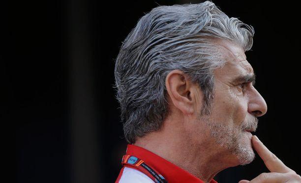 Maurizio Arrivabenen Ferrari teki virheen pyytäessään Sebastian Vetteliä hidastamaan aika-ajojen ensimmäisessä osiossa.